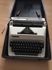 Kofferschreibmaschine - TRIUMPH - Schreibmaschine