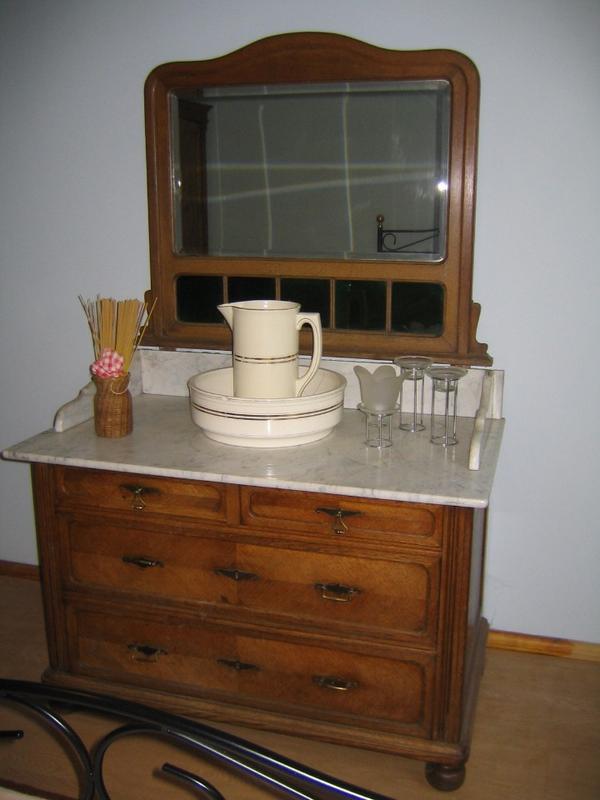 kommode eiche neu und gebraucht kaufen bei. Black Bedroom Furniture Sets. Home Design Ideas