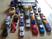 Konvolut 27 Spielzeugautos +