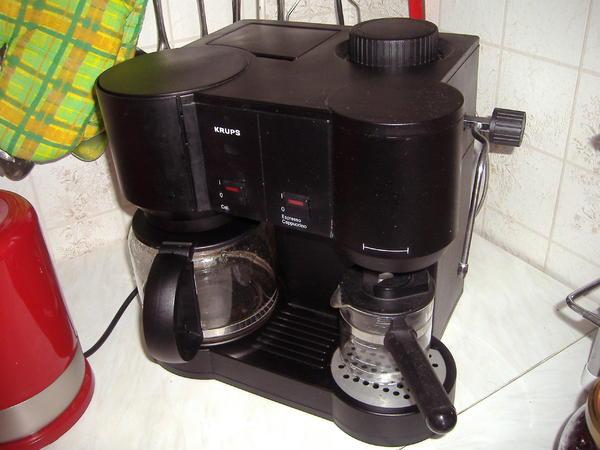 krups kombi kaffee espressomaschine in berlin kaffee espressomaschinen kaufen und verkaufen. Black Bedroom Furniture Sets. Home Design Ideas