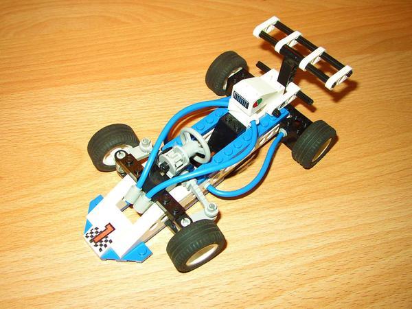 lego technic rennwagen 8216 in wiesloch lego kaufen und. Black Bedroom Furniture Sets. Home Design Ideas