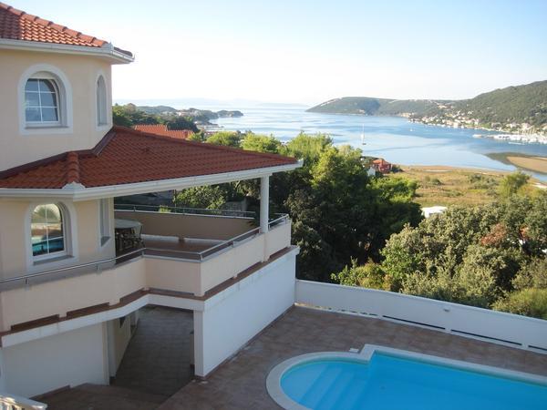 luxus villa 410m2 mit pool meerblickterrasse garten With französischer balkon mit luxus pool im garten