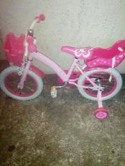 Mädchen Fahrrad zu