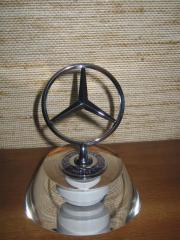 Mercedes-Benz Briefbeschwerer,