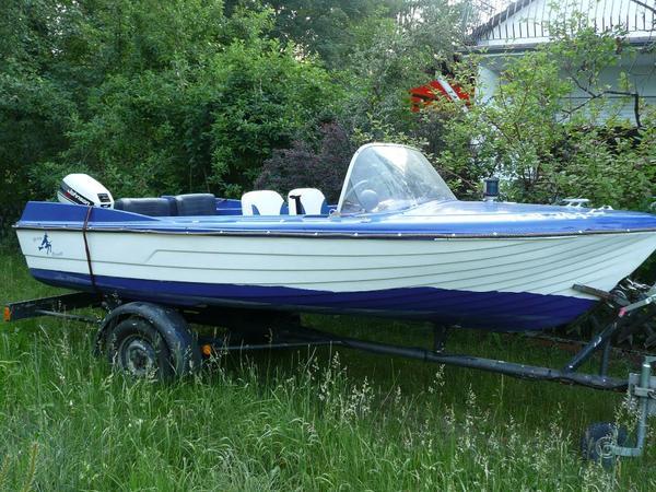 motorboot angelboot crestliner mit trailer in roth. Black Bedroom Furniture Sets. Home Design Ideas