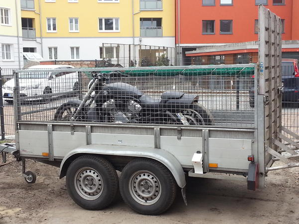 motorradtransport vermiete pkw anh nger 2 to mit auffahrrampe mieten in cottbus motorr der. Black Bedroom Furniture Sets. Home Design Ideas