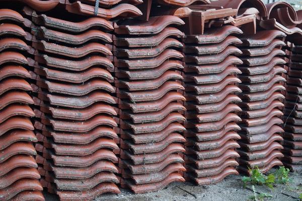 neuverpackte glasierte dachziegel zu verkaufen in bad wildbad fliesen keramik ziegel kaufen. Black Bedroom Furniture Sets. Home Design Ideas