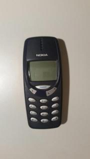 NOKIA 3310 in