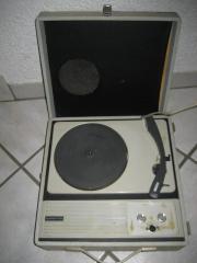 Nostalgischer Plattenspieler Superton