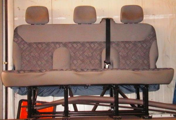 opel vivaro renault trafic nissan primastar 3er sitzbank. Black Bedroom Furniture Sets. Home Design Ideas