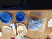 Pappteller, Plastikbecher und