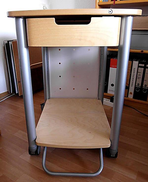 pc beistelltisch k chenarbeitstisch in berlin sonstige wohnzimmereinrichtung kaufen und. Black Bedroom Furniture Sets. Home Design Ideas