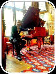 Pianist für Ihr