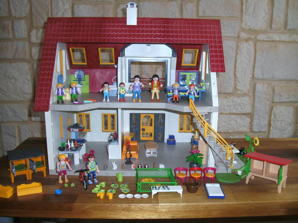 Playmobil haus spielzeug lego pictures for Playmobil haus schlafzimmer