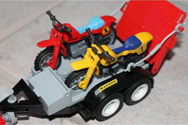 playmobil jeep mit motorrad anh nger in ingolstadt. Black Bedroom Furniture Sets. Home Design Ideas