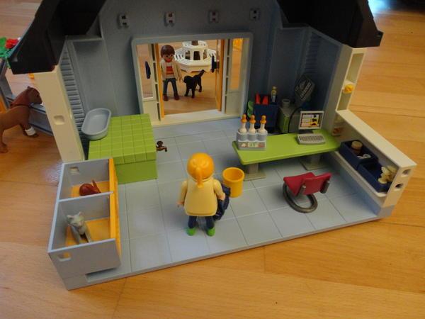 bild 4 playmobil tierklinik 4343 mit ovp bauanleitung. Black Bedroom Furniture Sets. Home Design Ideas