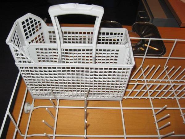 Spülmaschinen (Haushaltsgeräte) gebraucht kaufen  dhd24com ~ Geschirrspülmaschine Undicht