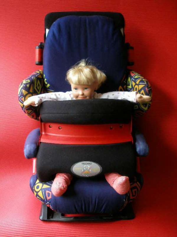 recaro start kindersitz fangtisch fu st tze kopfst tze. Black Bedroom Furniture Sets. Home Design Ideas