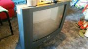 Röhrenfernseher mit Fernbedienung