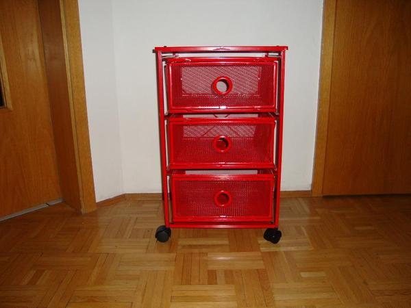 rollcontainer rot metall schubladen von ikea in. Black Bedroom Furniture Sets. Home Design Ideas