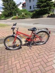 Rotes Mädchen-Fahrrad