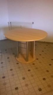 Runder Tisch, 4