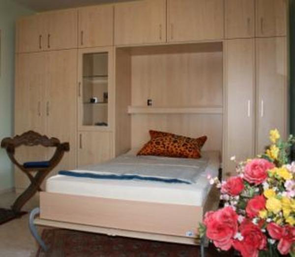 schlafzimmer schrankwand m integriertem bett in m nchen schr nke sonstige schlafzimmerm bel. Black Bedroom Furniture Sets. Home Design Ideas