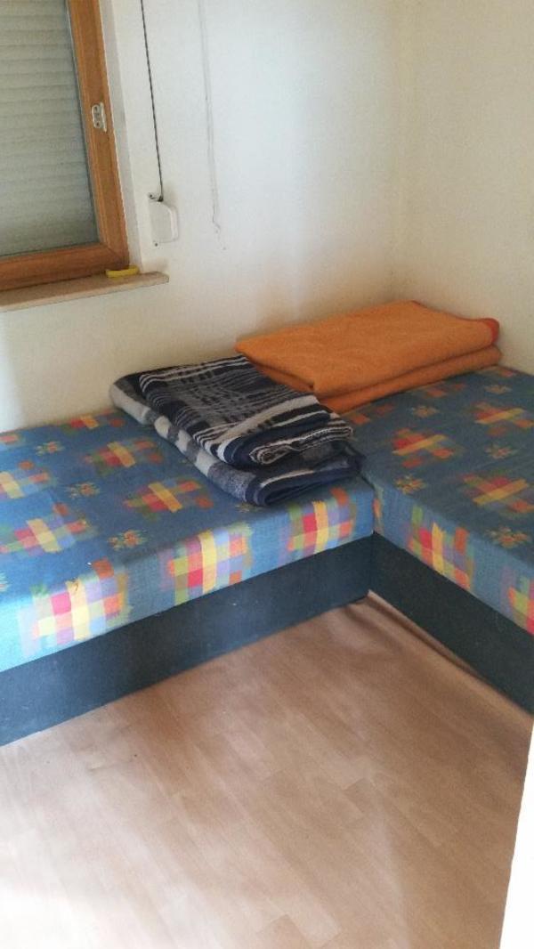 sch ner kleingarten in bertsdorf h rnitz schreberg rten wochenendh user kaufen und verkaufen. Black Bedroom Furniture Sets. Home Design Ideas