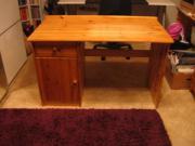 Schreibtisch (Astkiefer)