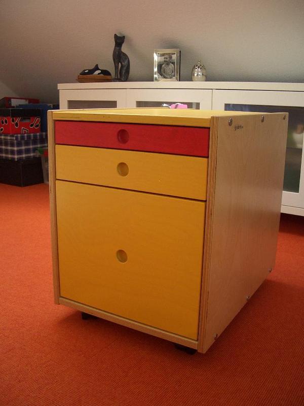 Schreibtisch unterschrank von jako o in ilvesheim kinder for Schreibtisch unterschrank