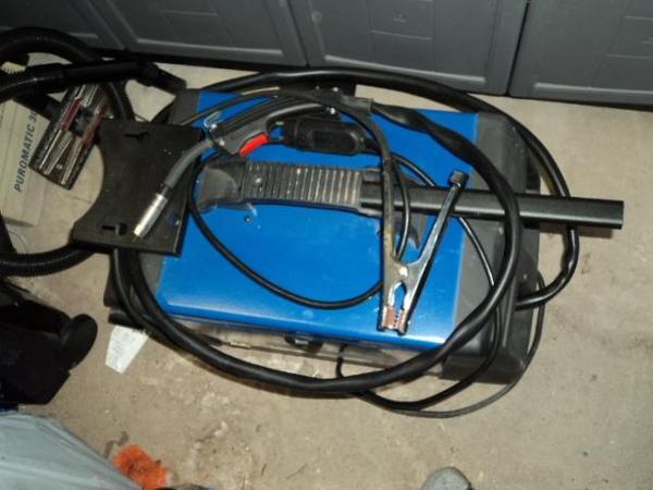 schutzgas schwei ger t in f rth werkzeuge kaufen und. Black Bedroom Furniture Sets. Home Design Ideas