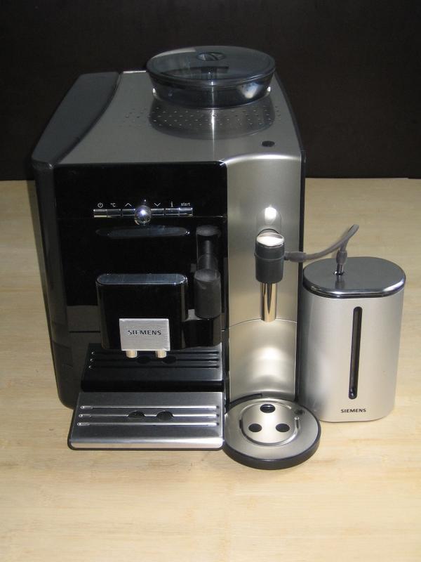 siemens eq 7 tk 76 rw vollautomat quasi neu in darmstadt kaffee espressomaschinen kaufen. Black Bedroom Furniture Sets. Home Design Ideas