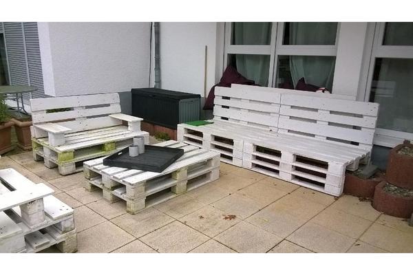 Sitzgruppe aus Paletten in Bad Vilbel  Gartenmöbel kaufen und