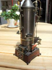 stehende Carette Dampfmaschine
