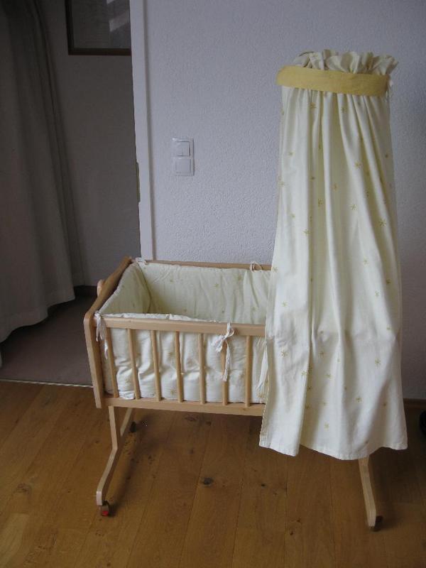 stubenwagen wiege alvi mit viel zubeh r von z llner in gilching wiegen babybetten. Black Bedroom Furniture Sets. Home Design Ideas