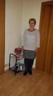 putzfrau sucht arbeit in olching stellenmarkt jobs und. Black Bedroom Furniture Sets. Home Design Ideas