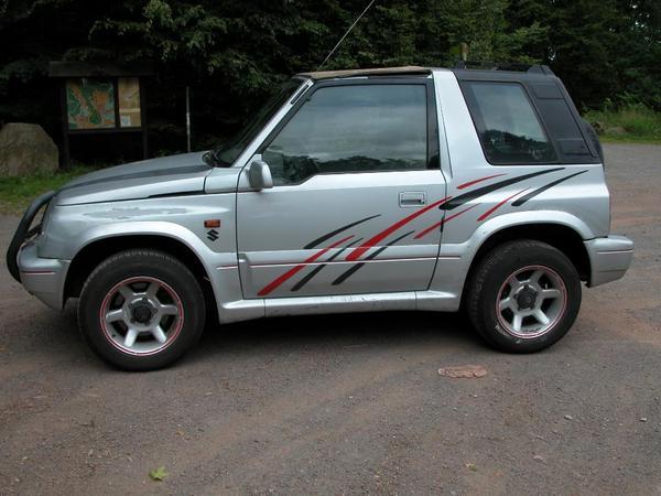 the car suzuki vitara cabrio mit hardtop 2 0 16 v gel ndewagen jeep of 1500. Black Bedroom Furniture Sets. Home Design Ideas