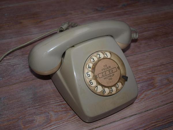 schnurgebunden telefone analog gebraucht kaufen. Black Bedroom Furniture Sets. Home Design Ideas
