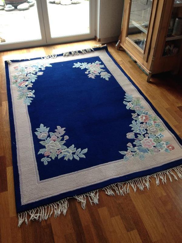 teppich blumenmotiv china 160 mal 230 cm in freising teppiche kaufen und verkaufen ber. Black Bedroom Furniture Sets. Home Design Ideas