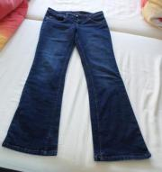 tolle blaue Stretchjeans