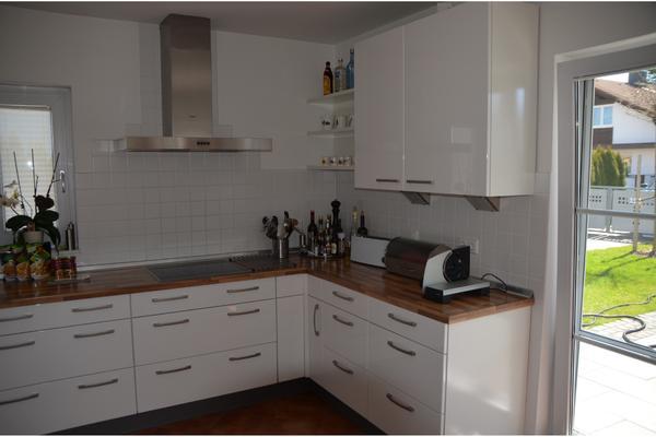 top einbauk che von nobilia wei hochglanz mit siemens komplettausstattung in feldkirchen. Black Bedroom Furniture Sets. Home Design Ideas