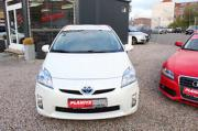 Toyota Prius Life /