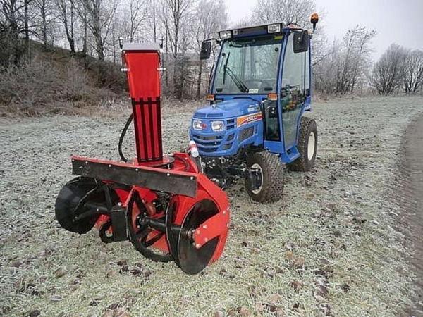 traktor iseki tm 3265 schneeschild schneefr se schlepper in bad wildbad pkw zum ausschlachten. Black Bedroom Furniture Sets. Home Design Ideas