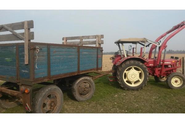 traktor schlepper ihc 439 mit frontlader in danstedt. Black Bedroom Furniture Sets. Home Design Ideas