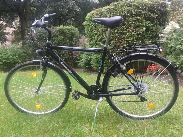 fahrrad 28 zoll neu und gebraucht kaufen bei. Black Bedroom Furniture Sets. Home Design Ideas