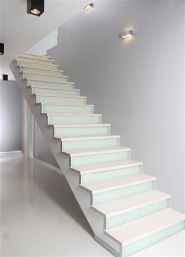 massivholztreppe kaufen gebraucht und g nstig. Black Bedroom Furniture Sets. Home Design Ideas