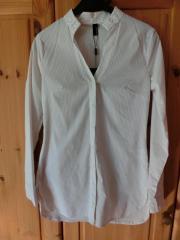 Ungetragene neuwertige Bluse