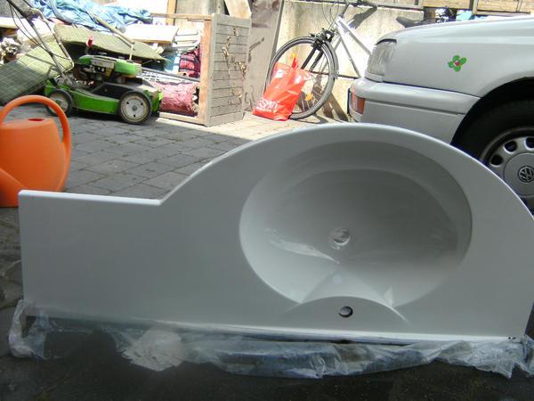 verkaufe waschbecken mit ablagefl che l 130cm weiss in. Black Bedroom Furniture Sets. Home Design Ideas