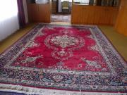Verschieden große Teppiche