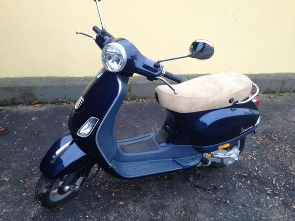 vespa lx 50 midnight blue in n rnberg piaggio vespa. Black Bedroom Furniture Sets. Home Design Ideas